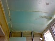 балкон обшивають дерев'яної вагонкой_thumb