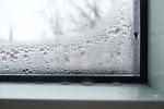 Конденсат на окнах: основные причины и методы устранения